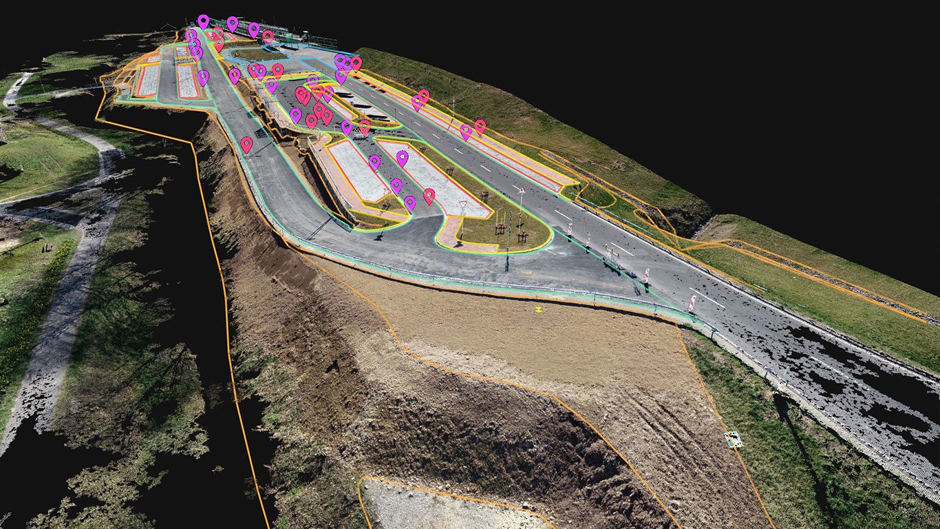 Der aktuelle Bestand nach den Baumaßnahmen am P&R Platz in Heigenbrücken als 3D Modell Punktwolke mit CAD-Ebenen